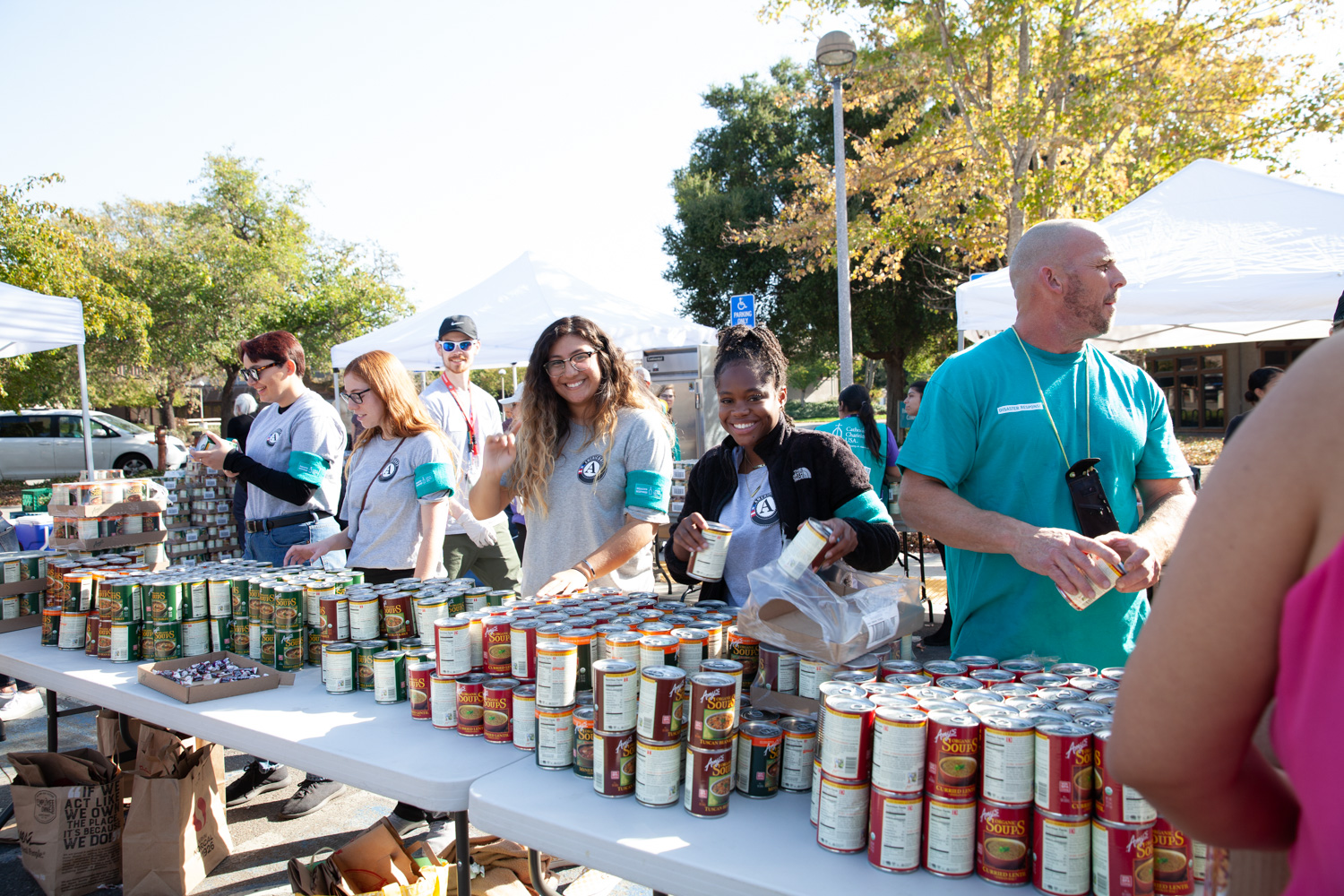 Volunteers at a food drive after the Kincade Fire in Sonoma County